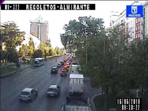 Traffic in Paseo de Recoletos – Almirante