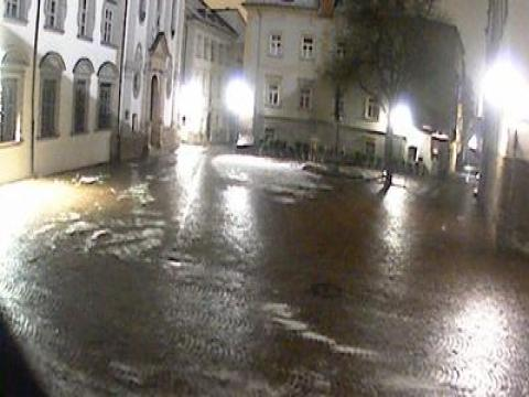 Tyrol Webcam, Tirol Stiftsplatz Hall