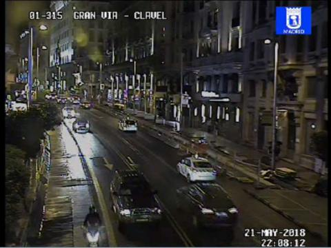Traffic in Gran Vía – Clavel