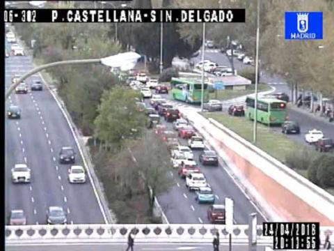 Traffic in Paseo de la Castellana¡ – Sinesio Delgado